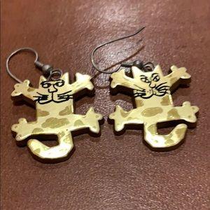 Jewelry - Cat dangle earrings